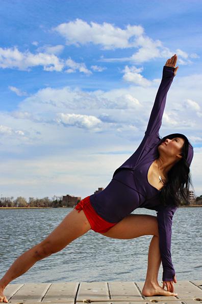Mika Yoga und Pole Wear - Klicke mich